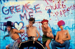 red-hot-chili-peppers-29-years-rhythm-lounge-hollywood-out-in-la